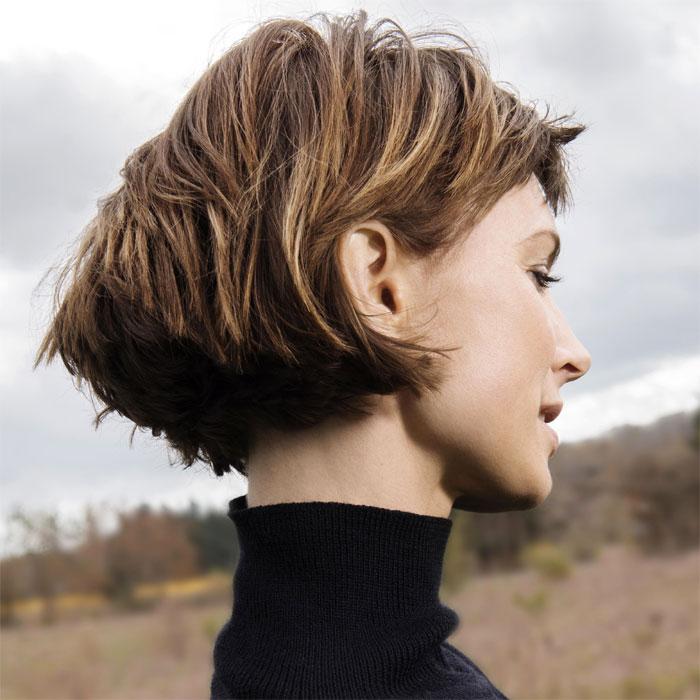 Coiffure cheveux mi-longs - SAINT ALGUE - tendances automne-hiver 2016-2017.