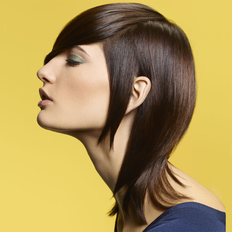 Coupe coiffure mi-longue Camille ALBANE - Mid-length haircut - Tendances spring-summer 2017.