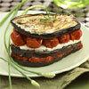 millefeuille d'aubergine à la ricotta et à la pulpe de tomate - photo : François Bertram