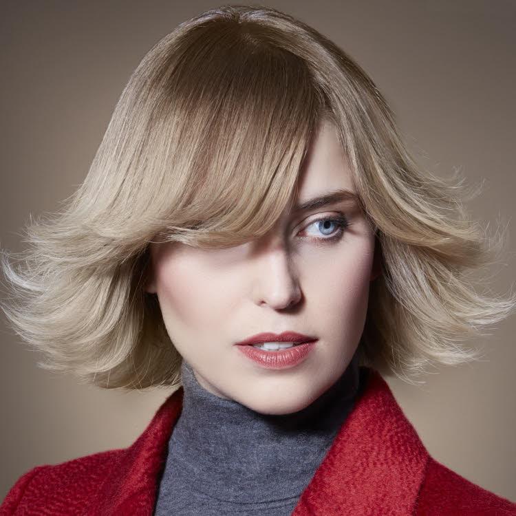 Coiffure cheveux mi-longs VOG - Automne-hiver 2017-2018.