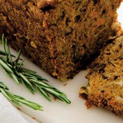Cake au potimarron, aux endives et aux noix.