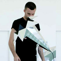 Exposition Picaflor de Kris Van Assche