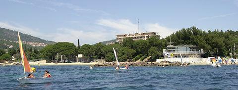 La résidence Vacanciel des Issambres côté mer.