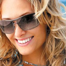 indispensables, les lunettes solaires protectrices et tendance