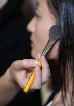 Maquillage du défilé AVH by Anne Valérie Hash par Make-Up For Ever