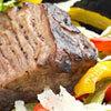 Tendron de bœuf laqué et poivrons entrelacés