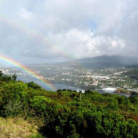 Escale aux Açores, l'archipel des arcs-en-ciel