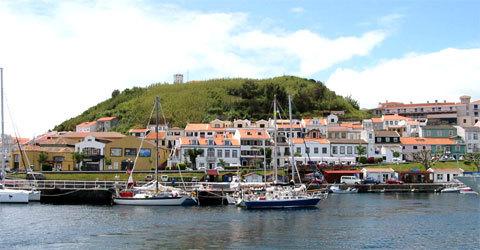 Le Port de Faial à Horta aux Açores