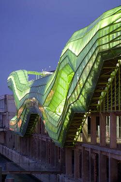 Cité de la Mode et du Design © JAKOB + MACFARLANE - Nicolas Borel - Mise en lumière par Yann Kersalé