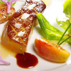 Recette Poêlée de foie gras à la fleur de sel, pommes Antarès®