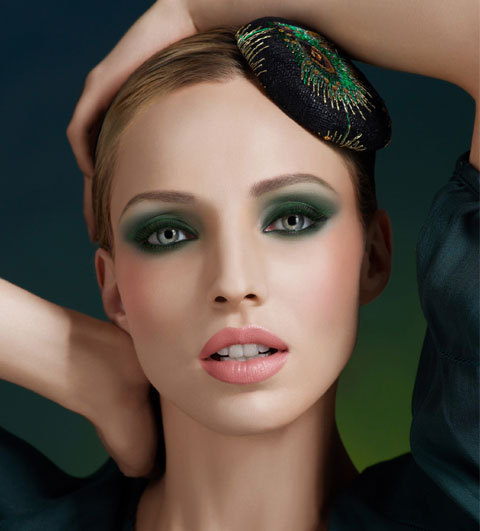 Maquillage smoky vert Make Up for Ever