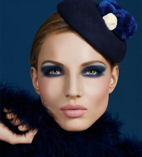 Maquillage smoky bleu Make Up for Ever