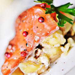 Recette gravelax de saumon salade de pommes de terre truffées
