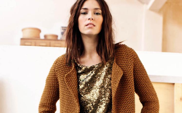 veste-gilet tricotée au point de riz - explications gratuites - création Phildar