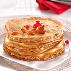 Recette de Laurence Salomon : gâteau de crêpes à la châtaigne, poires et noix