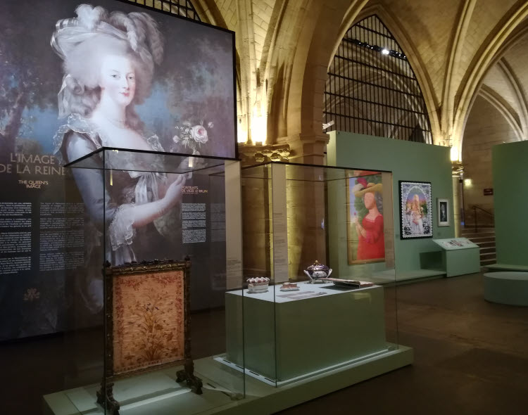 Exposition Marie-Antoinette, métamorphose d'une image © ABCfeminin.com.