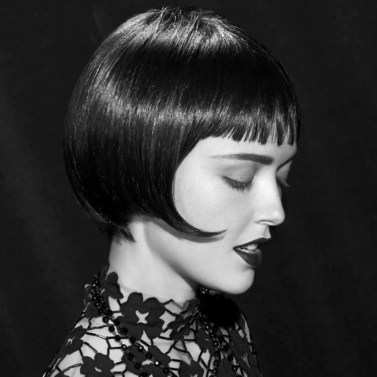 Coupe et coiffure cheveux courts - MANIATIS Paris - Printemps-été 2020.