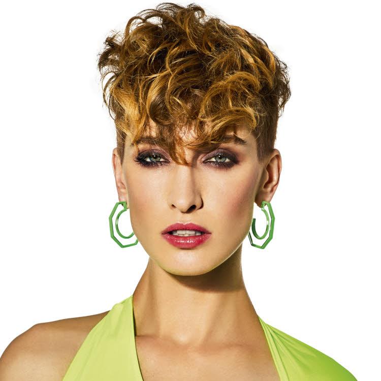 Coupe et coiffure cheveux courts - SHAMPOO Paris - Printemps-été 2020.