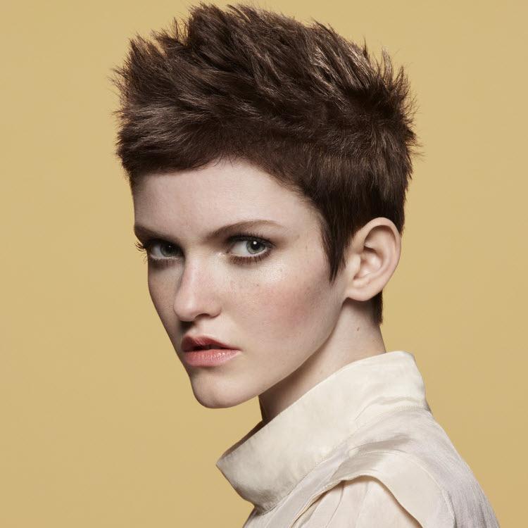 Coupe et coiffure Camille ALBANE - Printemps-été 2020.