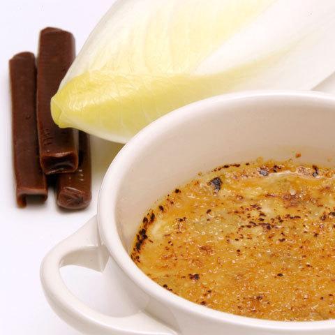 Zoom crème brûlée d'endives de Bretagne au carambar