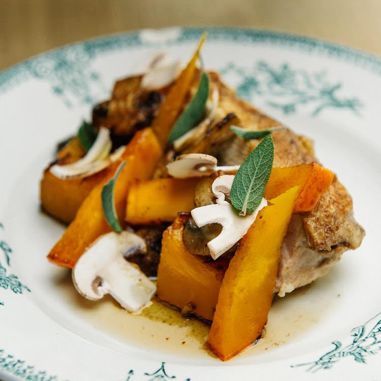 Recette du chef étoilé Florent Ladeyn : filet de poulet saumuré accompagné de potimarron poêlé