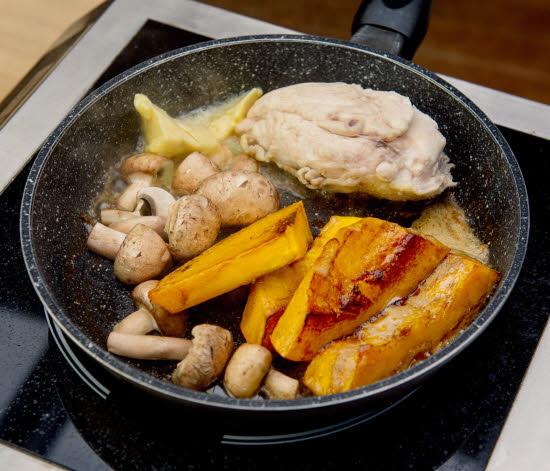 Cuisson recette poulet saumuré et potimarron du chef Florent Ladeyn.