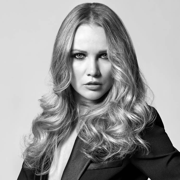 Coupe et coiffure pour cheveux longs Cathy BATIT - Printemps-été 2020.