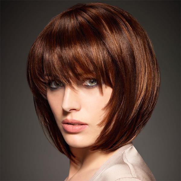 Coupe Cheveux Fins Mi Long Visage Ovale Image Elegante D Une Coiffure