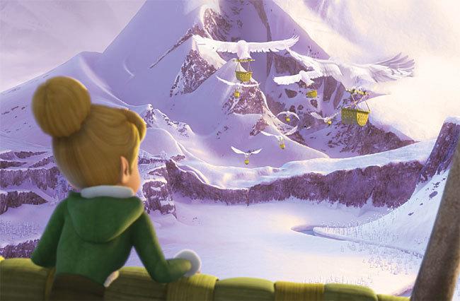 Clochette rêve de pénétrer dans la Forêt Blanche de 'Clochette et le Secret des Fées'
