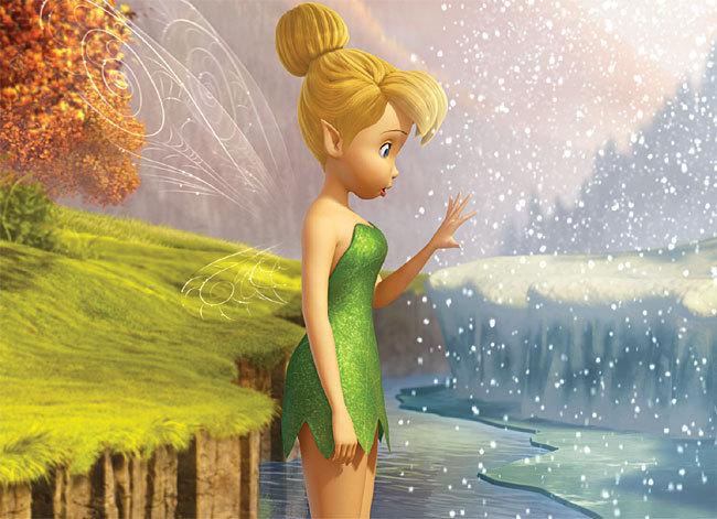 Clochette découvre les abords de la Forêt Blanche.