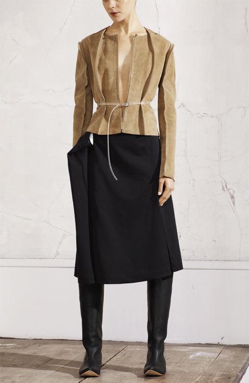 Veste en cuir et jupe Maison Martin Margiela chez H&M