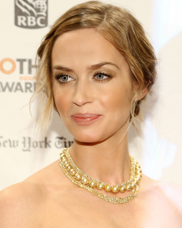 Zoom maquillage CK One d'Emily Blunt