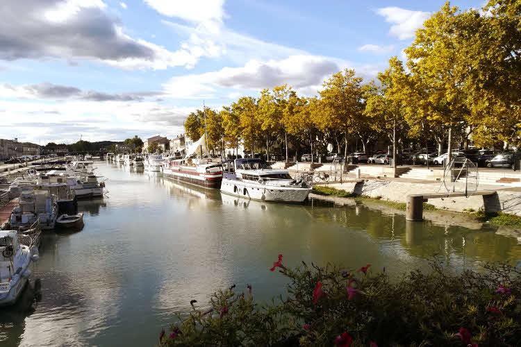 Le port de plaisance de Beaucaire © ABCfeminin.com.