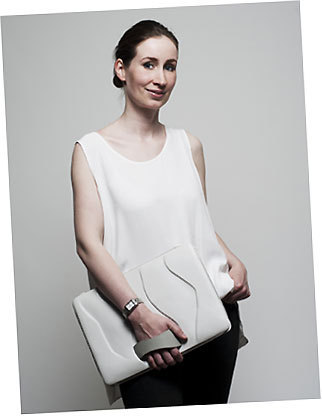 Bag with organic surface structure de Julia Thomas - Royal College of Art, London, England