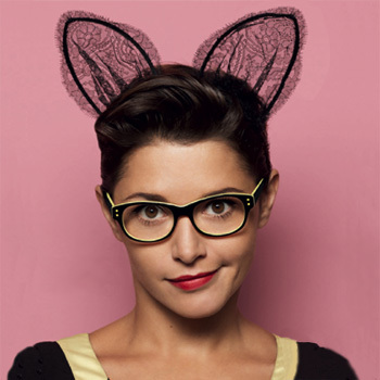 Emma de Caunes, égérie pour les lunettes Krys