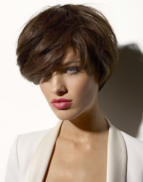 coiffures printemps t 2013 tendances coupes de cheveux courtes mi longues ou longues pour. Black Bedroom Furniture Sets. Home Design Ideas