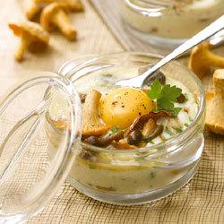 recette mini cocotte à l'oeuf et aux champignons des bois