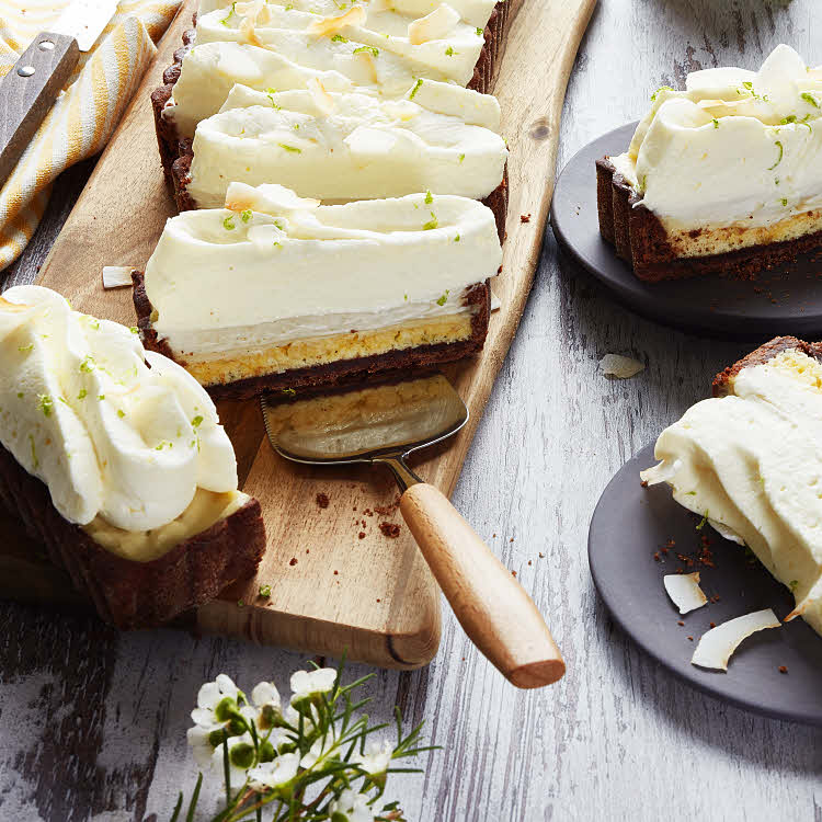 Spécial Chine : tarte nuage, biscuit à la noix de coco et au citron vert.