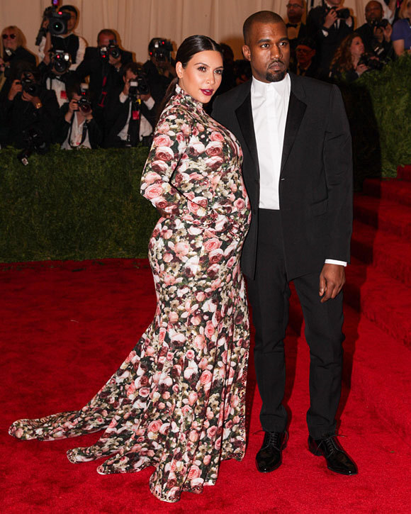 """Kanye West et Kim Kardashian au Gala d'ouverture de """"Punk : Chaos to Couture"""""""