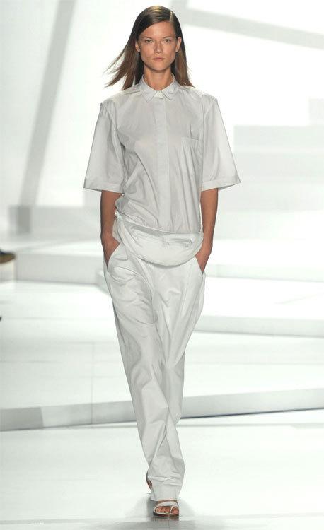 La mode du blanc vu par Lacoste