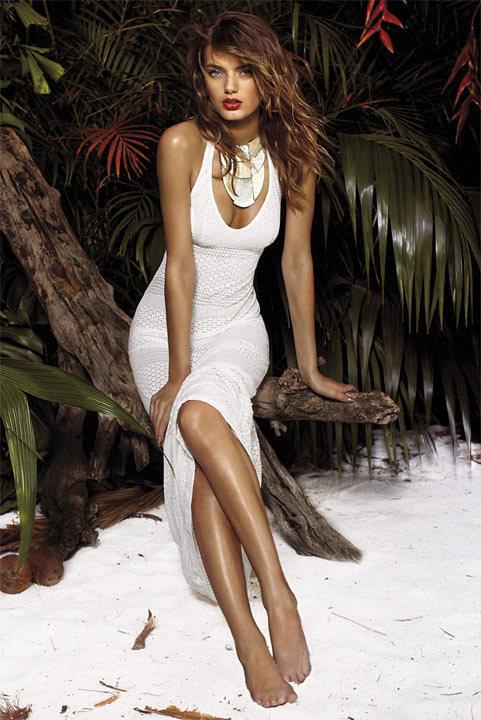 La mode du blanc vu par Andres Sarda