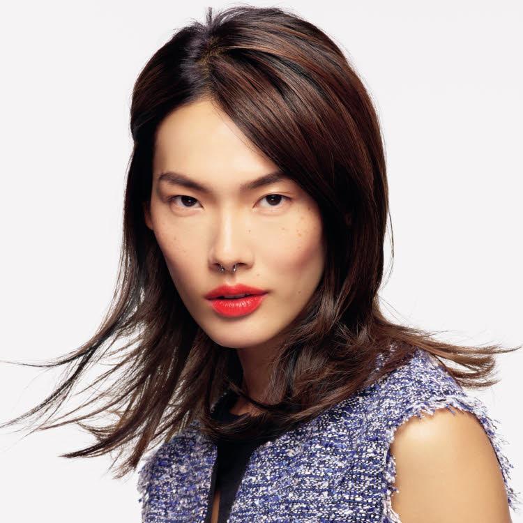 Coupe et coiffure pour cheveux longs SCHWARZKOPF Professional - Printemps-été 2021.