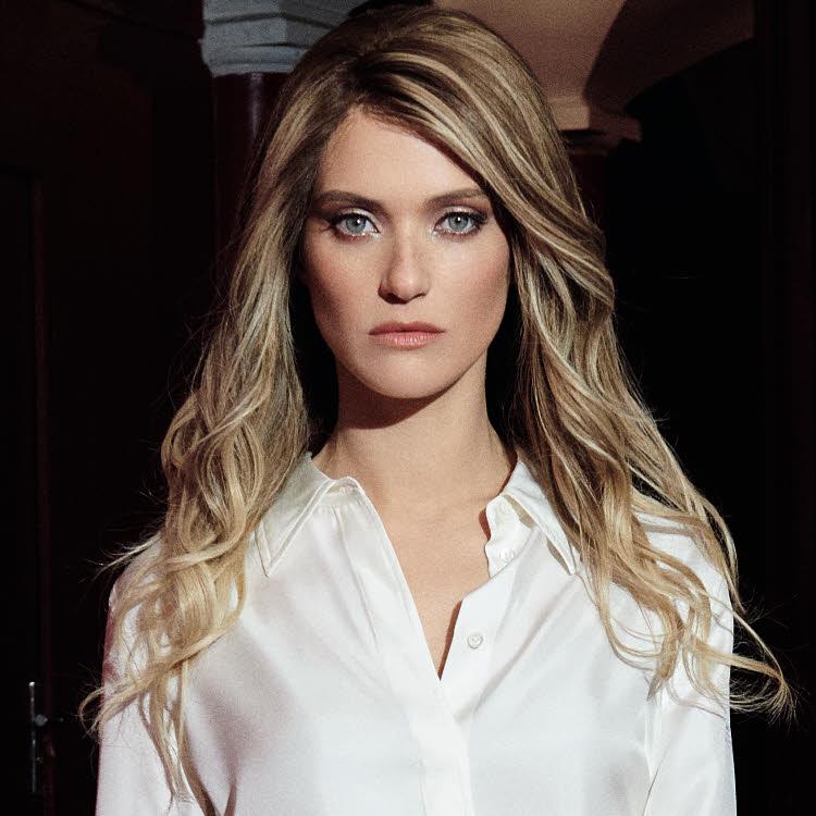 Coupe et coiffure pour cheveux longs Lucie SAINT-CLAIR - Printemps-été 2021.