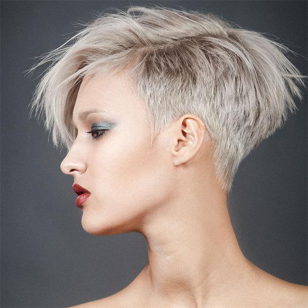 Modele de coupe de cheveux courte pour femme