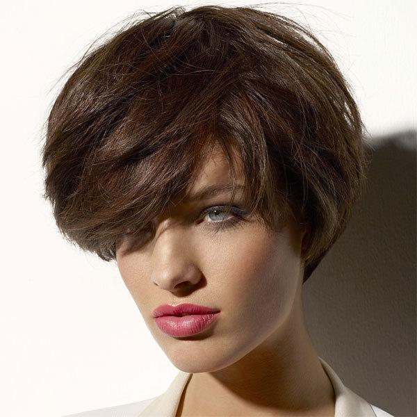 Coupe et coiffure printemps-été 2013 VOG pour cheveux mi-longs