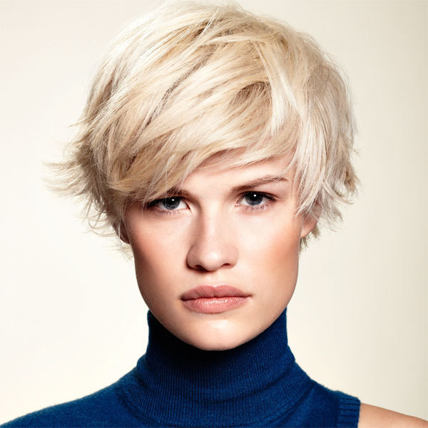 Coiffure HAIRCOIF - cheveux courts - automne-hiver 2011/2012