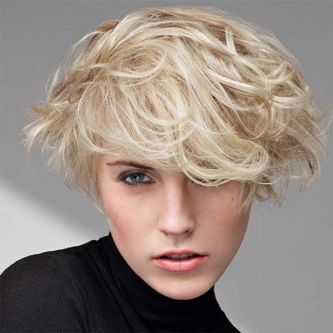 Coiffure INTERMEDE - cheveux courts - Automne-hiver 2011-2012