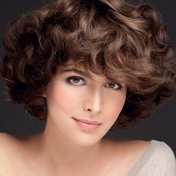 Coiffure JEAN-CLAUDE BIGUINE - cheveux mi-longs - Automne-hiver 2011-2012