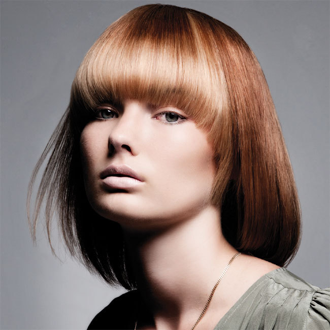 Coiffure INTERCOIFFURE - cheveux mi-longs - Automne-hiver 2011-2012