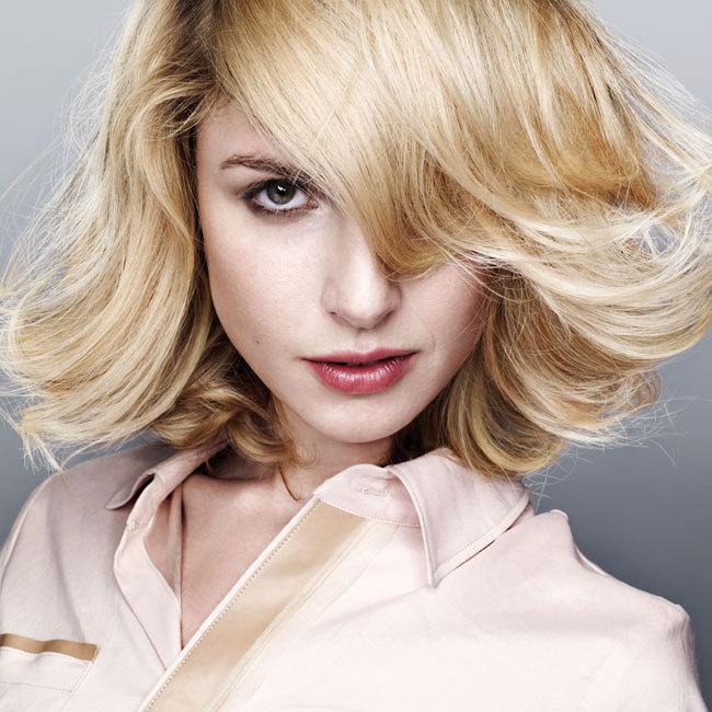 Coiffure INTERMEDE - cheveux mi-longs - Automne-hiver 2011-2012